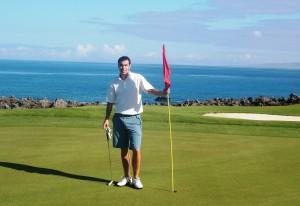 Tony Platt golfing