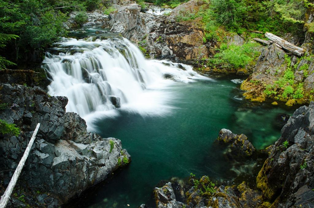 little-north-santiam-river-falls-2