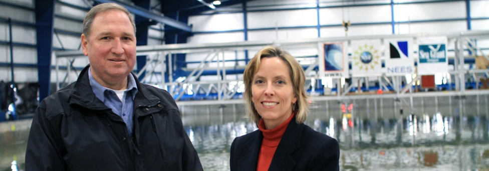 Harnessing wave power  through a winning  university-industry  partnership