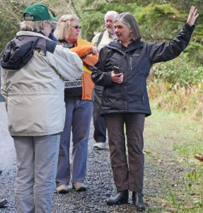 Cait Goodwin, an educator with Oregon Sea Grant, teaches people how to create self-guided, clue-directed walking tours – called Quests – that encourage participants to discover the natural, cultural or historical treasures of a place.