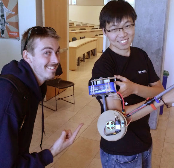 Oregon State students Ryan Skeele and Soo-Hyun Yoo at HWeekend
