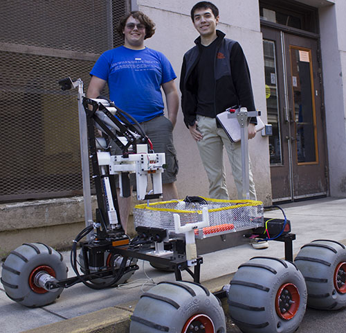Corwin Perren and Billy Edwards of the Oregon State Mars Rover team