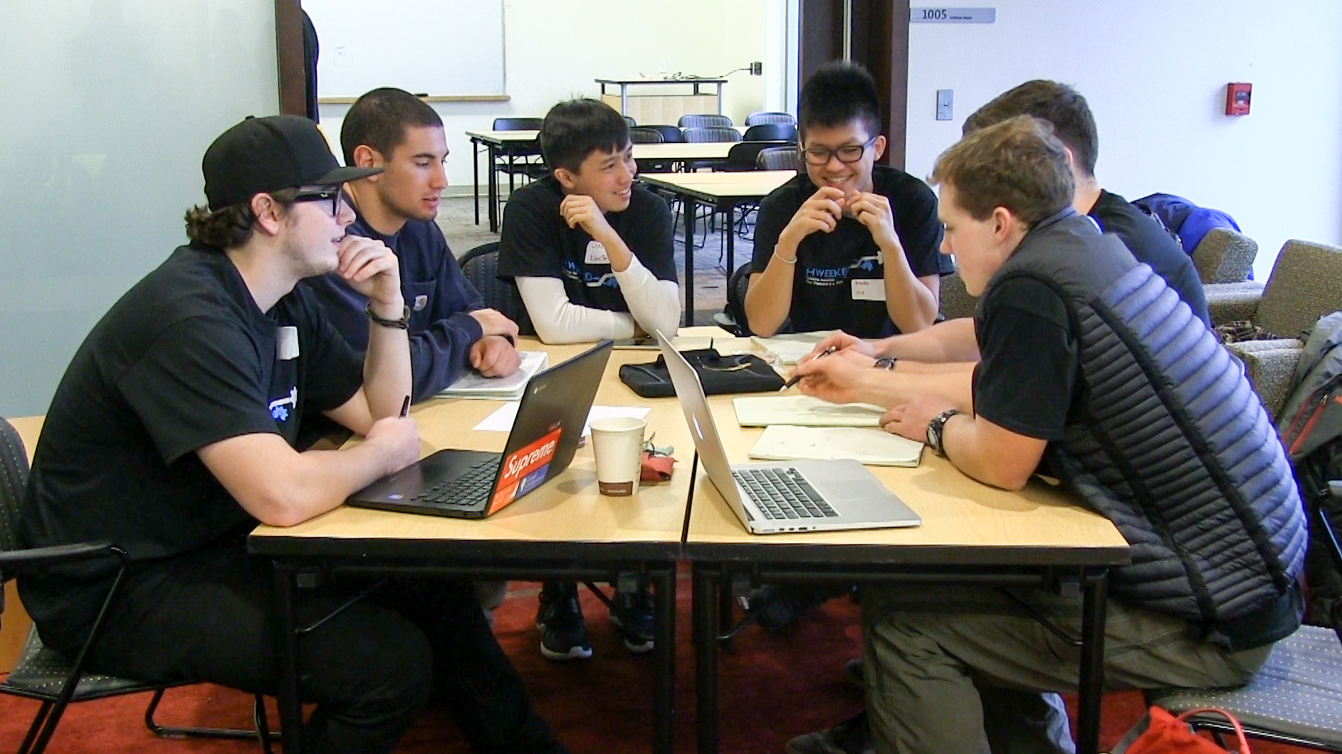 group work Communicating and learning in engineering online resources 1 learning effectively through groupwork these guidelines provide an overview of three main aspects of groupwork.
