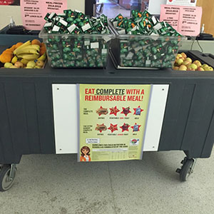 Photo showing what the food cart at Willamette High School looked like before the OSU dietetic interns stepped in to spruce it up.