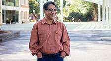 Sunil Khanna named co-director of School of Biological and Population Health Sciences