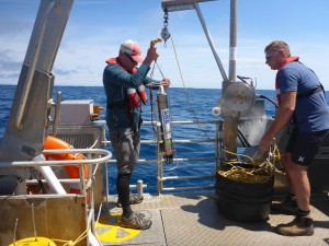 Todd and Andrew deploy the CTD off the R/V Ikatere.