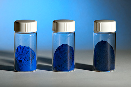 Color discovery features in museum exhibition on blue artifacts