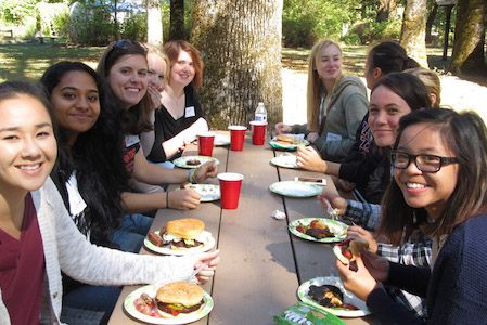 BB fall picnic connects new students and faculty