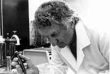 Noted microbiologist William Sandine dies at 90