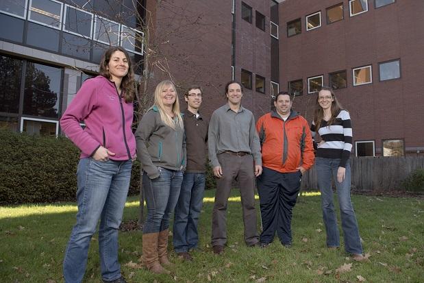 Lab members (L-R) Daniella Dekelaita, Donelle Schwalm, Tyler Creech, Clint Epps, Rob Spaan, and Rachel Crowhurst