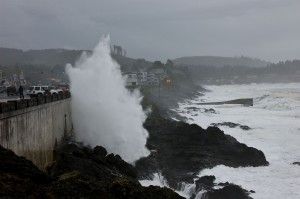 Depoe Bay: Waves from a powerful storm crash into the seawall at Depoe Bay, Oregon. (Photo: Erica Harris, Oregon State University)