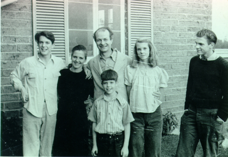 The Pauling family in 1946. From left: Peter, Ava Helen, Linus, Crellin, Linda and Linus Jr.