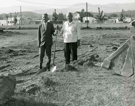 Dean Carl Stoltenberg and T.J. Starker Peavy Hall Groundbreaking 1969