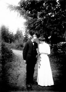 Herman Bohlman and Maud Bittleston on their wedding day in 1908. OSU Special Collections & Archives Research Center, Herman T. Bohlman Photograph Collection, ca. 1898-1925 (P 202)