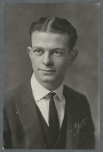 Linus Pauling at the time of his 1922 graduation from OAC. Harriet's Photograph Collection, 1868-1996 (P HC).