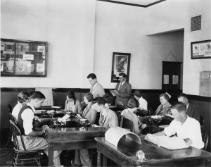 School of Commerce class in Bexell Hall (P016)