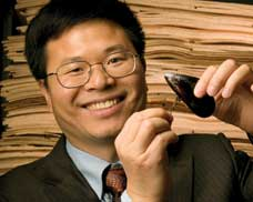 Kaichang Li developed a wood glue based on mussels