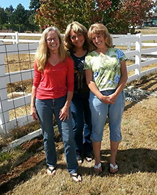 Drs. Anne Lichtenwalner, Laura Richards-Simmons, and Susie Omstead on a wine tour at the Class of 1989 Reunion.