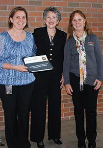 Dr. Susanne Stieger-Vanegas, Rebecca Camden, Dean Susan Tornquist.
