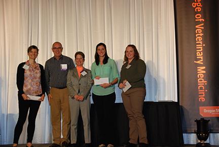 Willamette Valley Animal Hospital Scholarship - Rebecca Sullivan, Mr. John Maddigan, Dr. Sheri Morris, Kelsey Scanlan, Mallory Powers