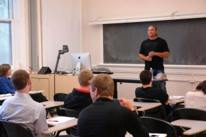 Dave Dahl of Dave's Killer Bread speaks to an OSU family business class.