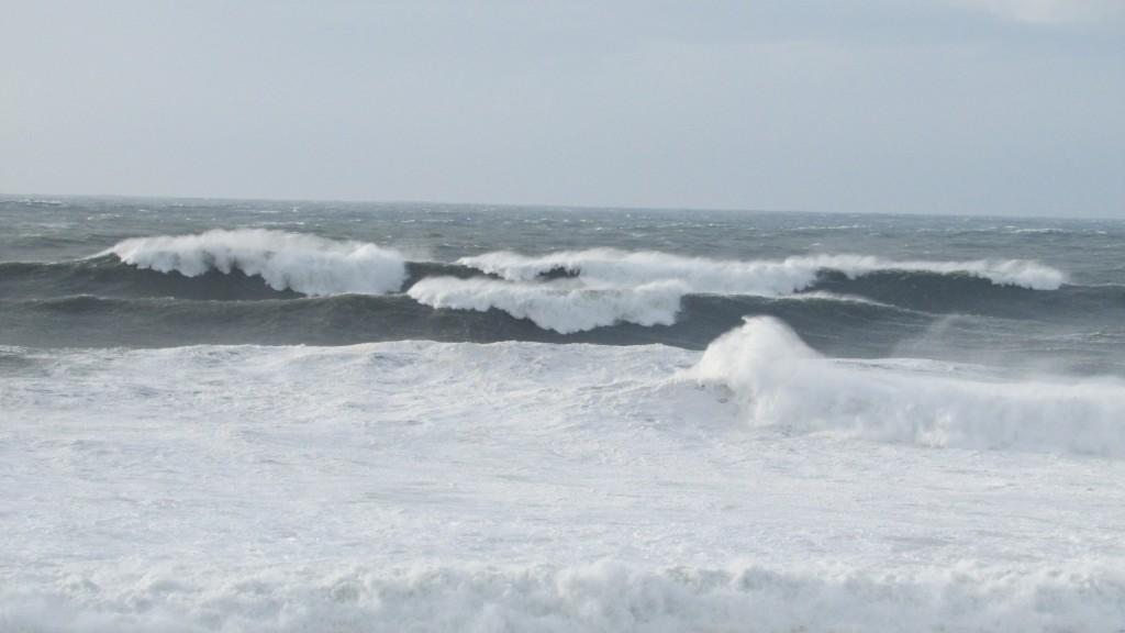 Waves_Breaking