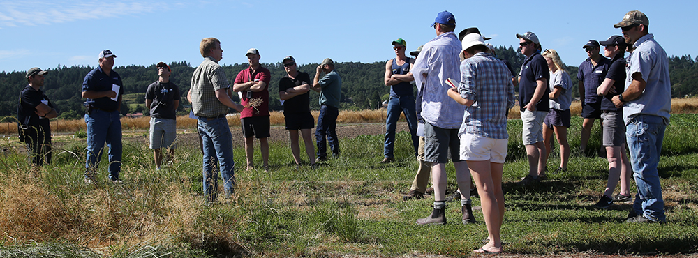 OSU weed scientist Andy Hulting speaks to Arable Y group during visit to OSU's Hyslop Farm (TG Chastain photo)