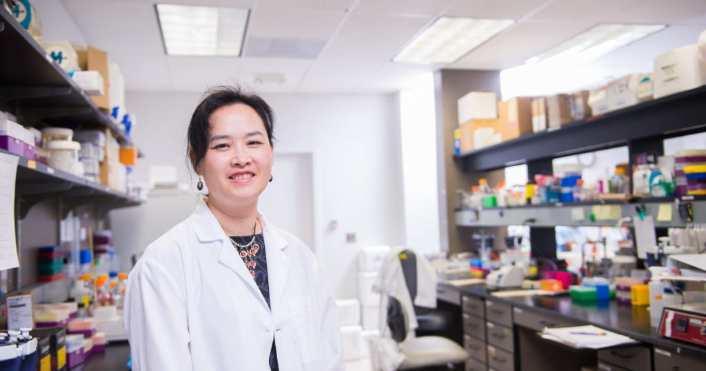 Emily Ho in research lab