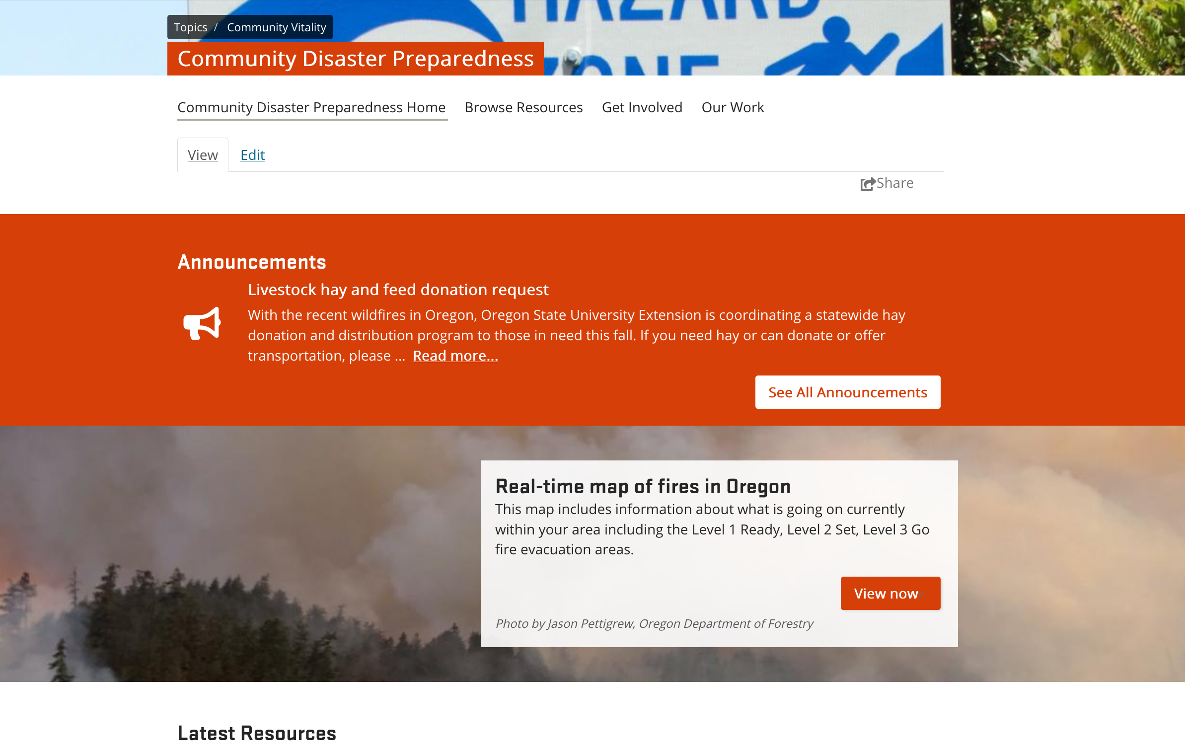 "Community Disaster Preparedness topic page with Announcement for Livestock hay and feed donation request at top and a call to action with link to ""real-time map of fires in Oregon"""