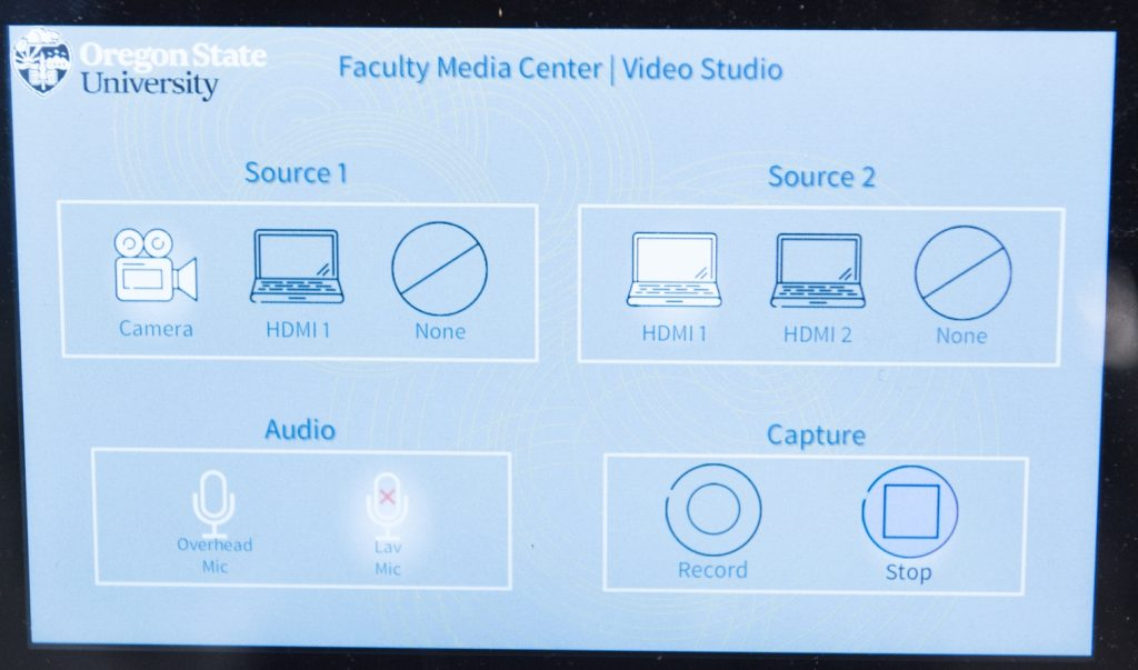 Intuitive touch controls make it easy to record you and your learning content.
